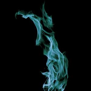 青い炎は、静かだけど熱い